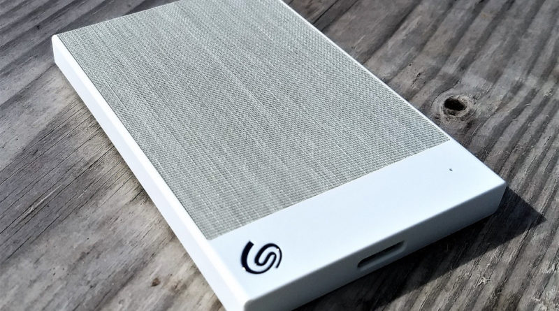 Seagate Backup Plus Ultra Touch 2TB | Unboxing & First Impressions